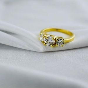 10k Gold Engagement Ring 1Ct Diamond 3 Stone